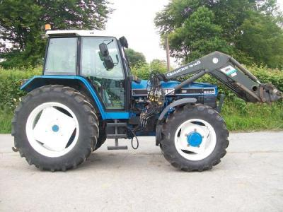 FORD 8240 SLE with Quicke 455 loader