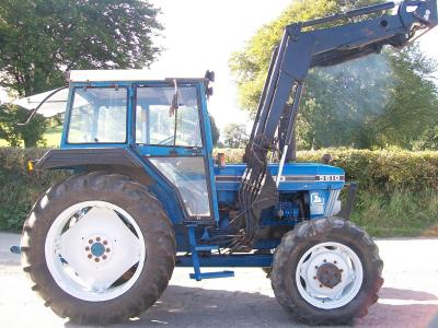 FORD 5610 with Quicke loader