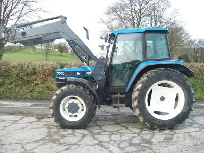 NEW HOLLAND 7740 SLE with Quicke Q56 loader