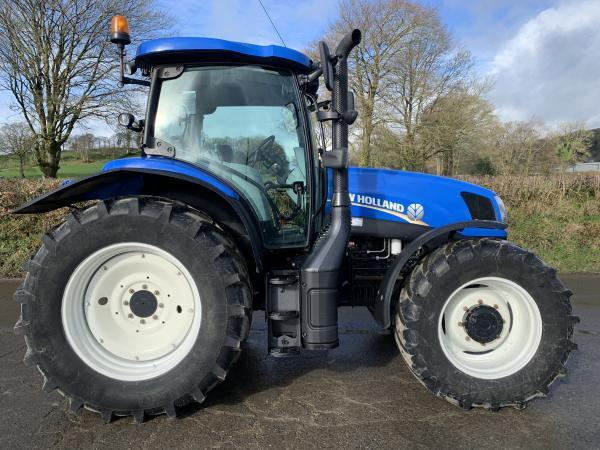 NEW HOLLAND T6 175